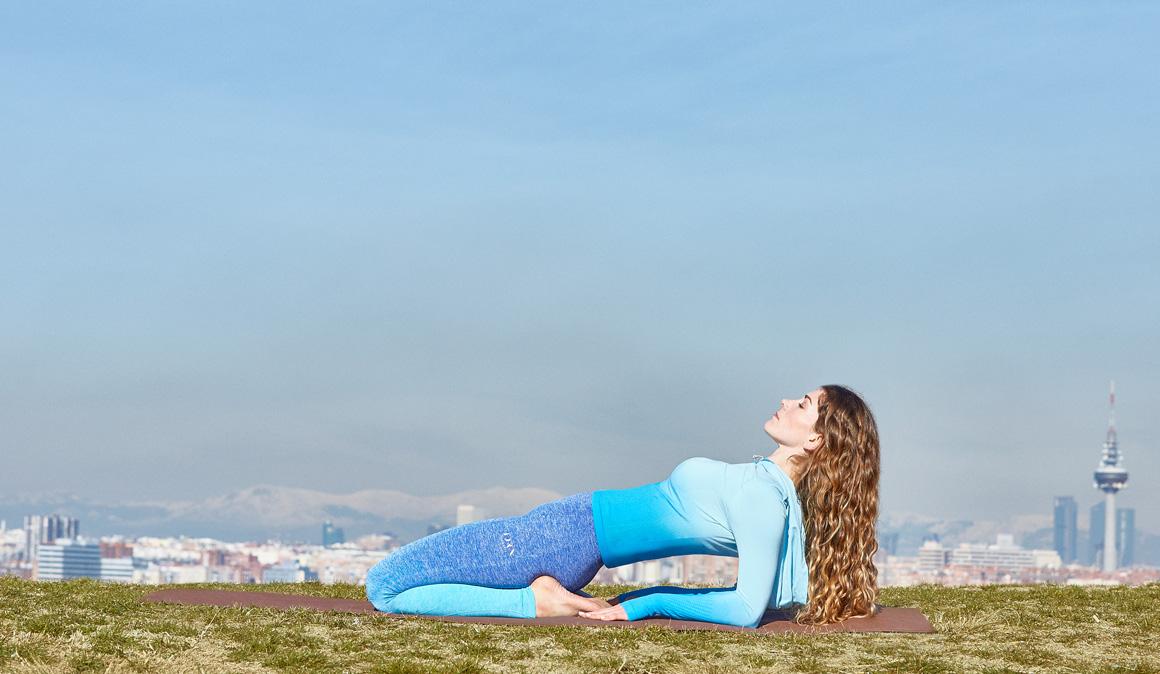 Yoga para fortalecer piernas, espalda, brazos y abdomen