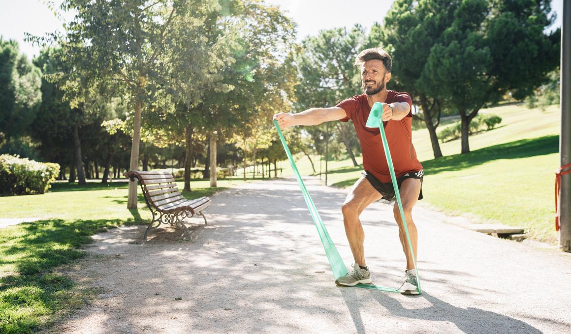 Ejercicios para corredores con gomas por Chema Martínez