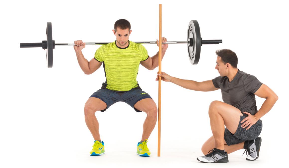 Error rodillas en la técnica de sentadillas y squat